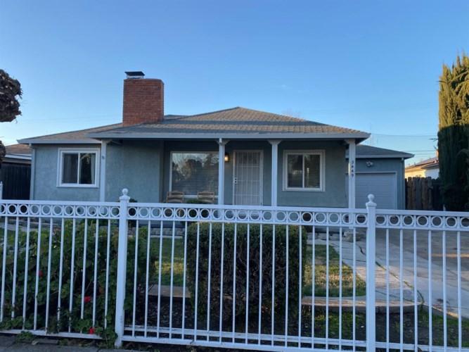 3449 W Euclid Avenue, Stockton, CA 95204