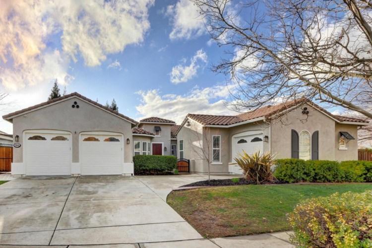 9560 Pinehurst Drive, Roseville, CA 95747
