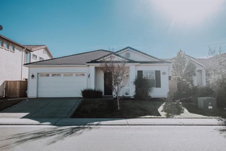 9040 Neponset Drive, Elk Grove, CA 95624