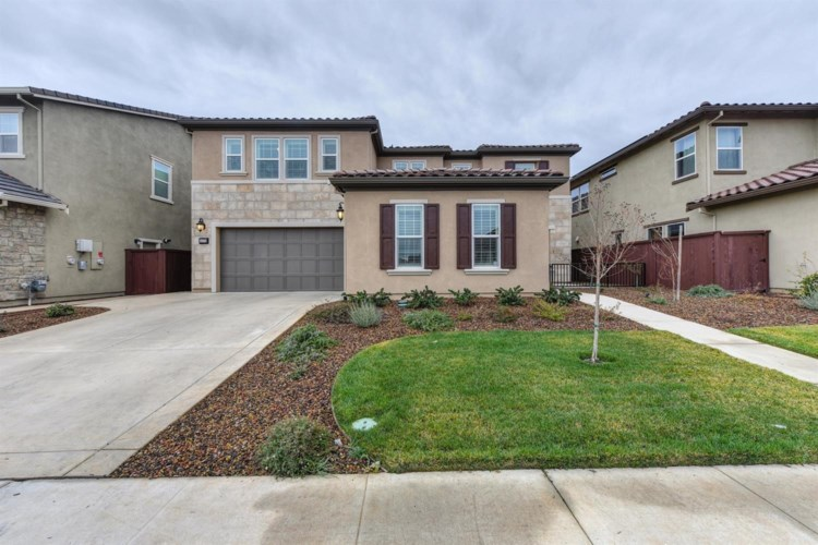 4376 Hummingbird Circle, Folsom, CA 95630