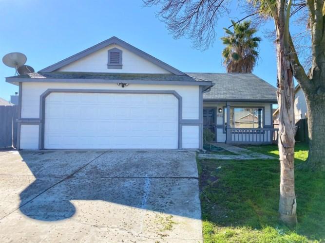 2237 Huntington Drive, Los Banos, CA 93635