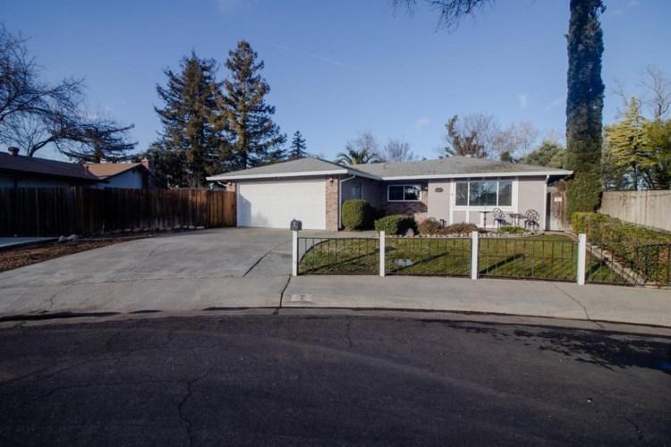 7 Abbey Court, Woodland, CA 95695