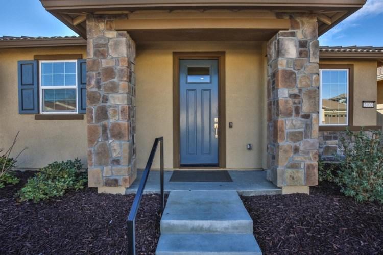 3900 Euboea Island Lane, Sacramento, CA 95834