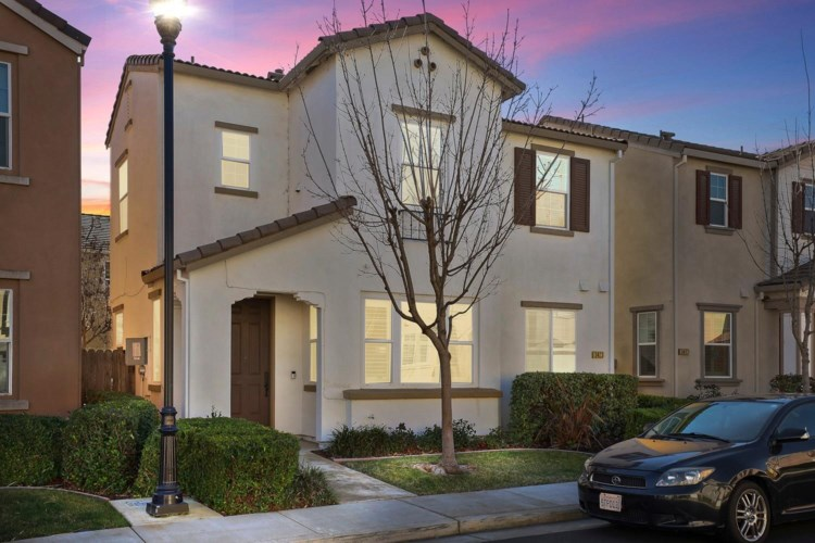 3423 Verona Terrace, Davis, CA 95618