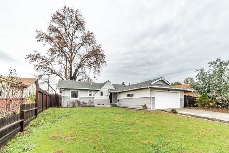 7418 Candlewood Way, Sacramento, CA 95822