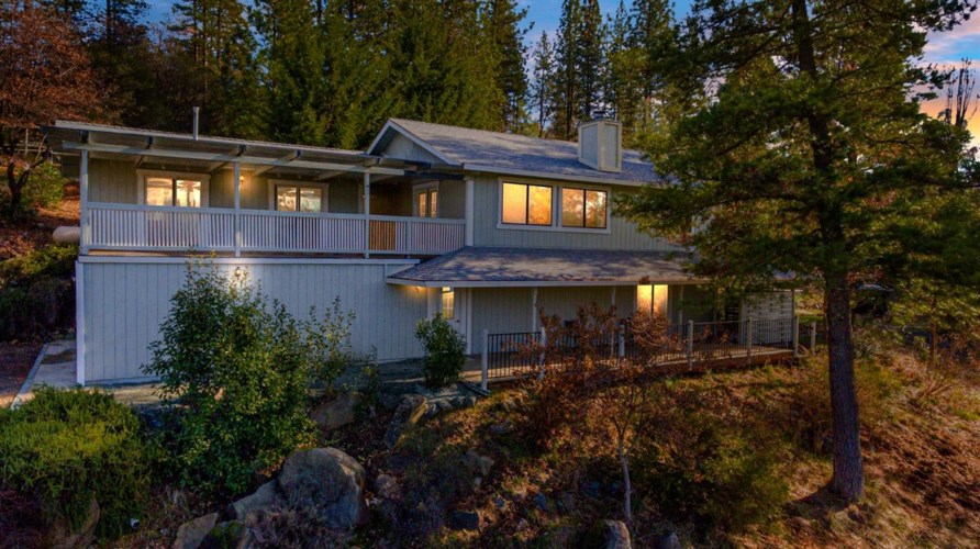 11075 Ironclad Road, Rough and Ready, CA 95975