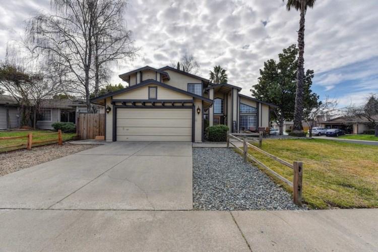 1318 Foxhollow Way, Roseville, CA 95747