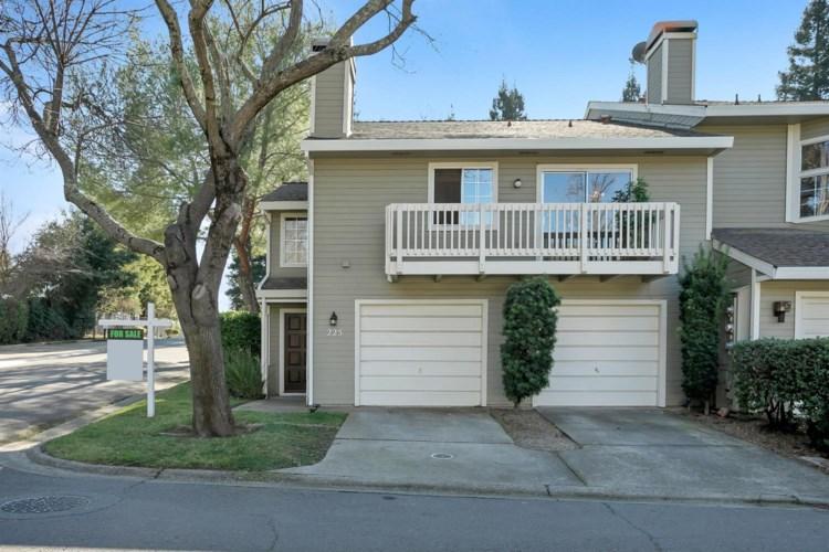 225 Live Oak Circle  #63, Roseville, CA 95678