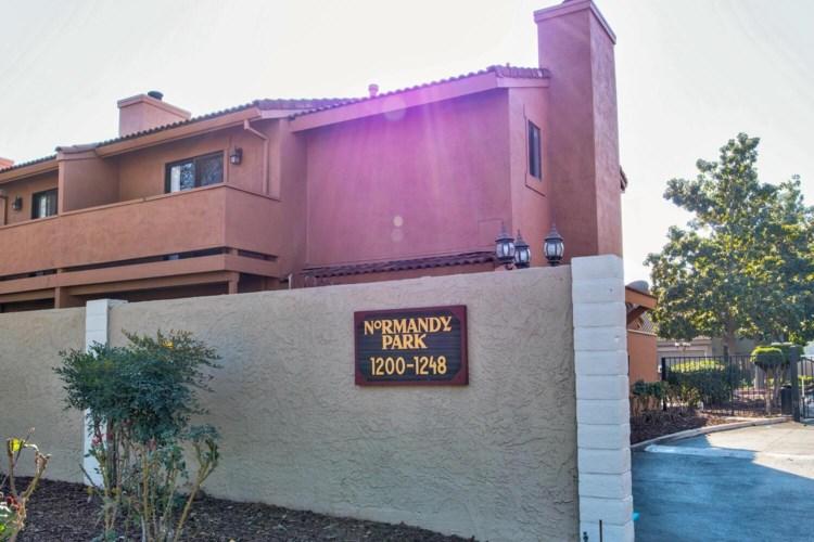 1204 W Roseburg Avenue  #D, Modesto, CA 95350