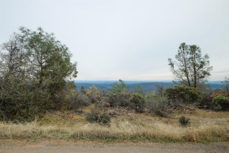 17907 Orbit Drive, Grass Valley, CA 95949