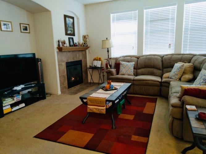 8965 Virginia Fife Way, Elk Grove, CA 95624