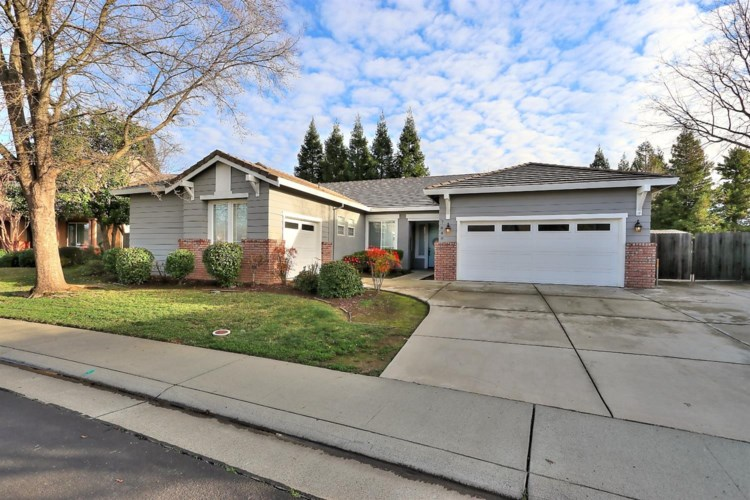 7040 Petersborough, Roseville, CA 95747