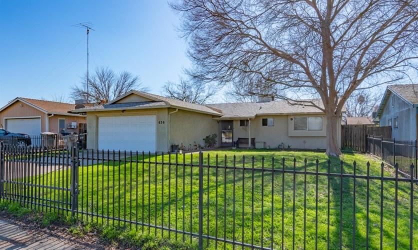 636 Regginald Way, Sacramento, CA 95838
