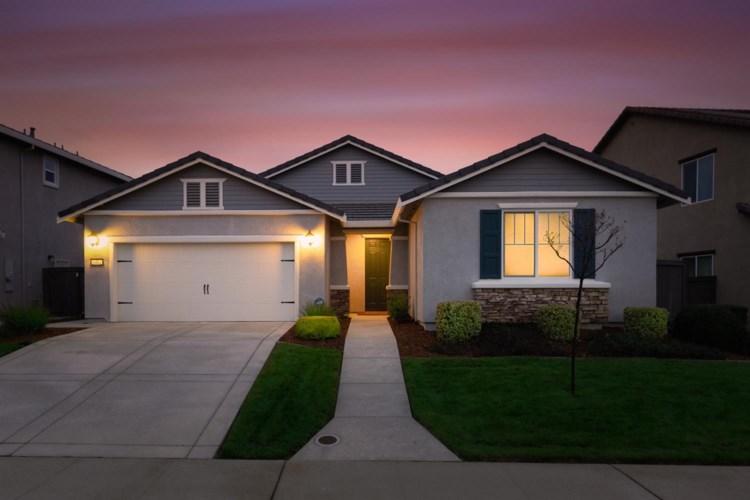 5462 Mossy Stone Way, Rancho Cordova, CA 95742
