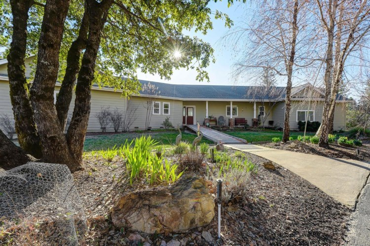 18768 You Bet Road, Grass Valley, CA 95945