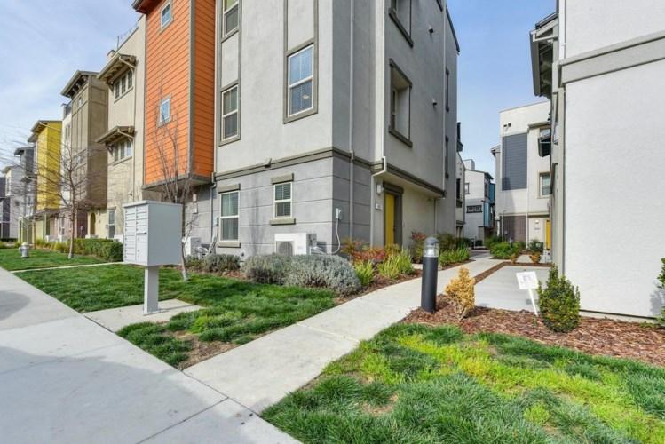 467 Lug Lane  #60A, Sacramento, CA 95818