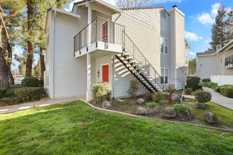 2400 Eilers Lane  #1808, Lodi, CA 95242