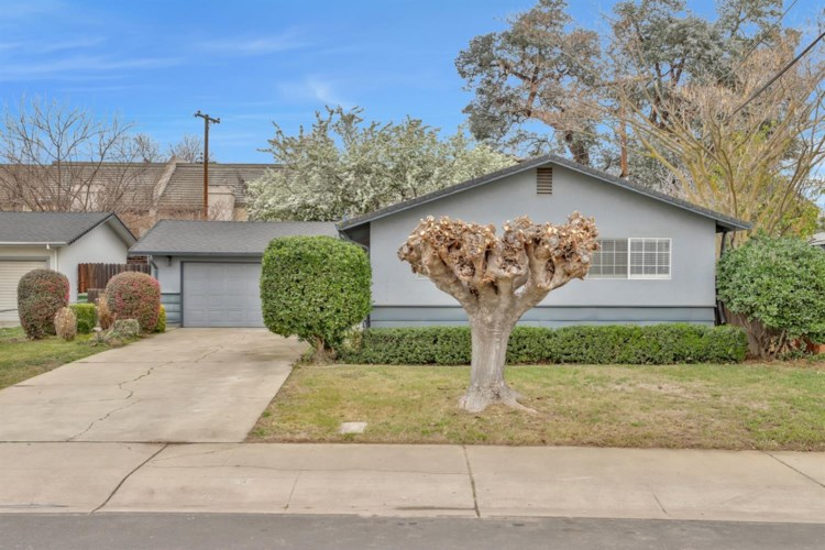 706 Golden Avenue, Lodi, CA 95240