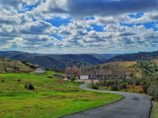6841 Conner, Valley Springs, CA 95252