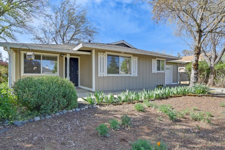 18203 Lake Forest, Penn Valley, CA 95946