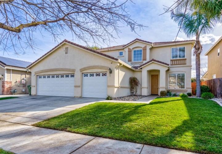 2251 Savona Street, Los Banos, CA 93635