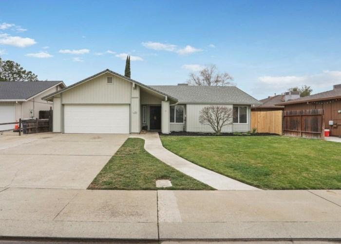 1739 Colombard Circle, Lodi, CA 95240