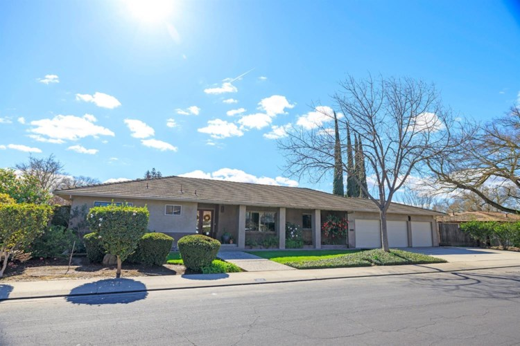 604 Hamden Lane, Modesto, CA 95350