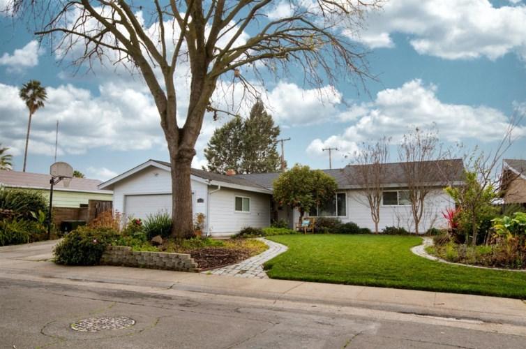 10542 Italia Way, Rancho Cordova, CA 95670