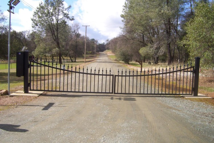 18891 Tanglewood Hollow Way, Grass Valley, CA 95949