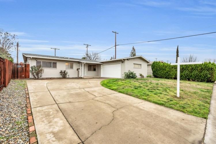 10620 Lambrusca Drive, Rancho Cordova, CA 95670