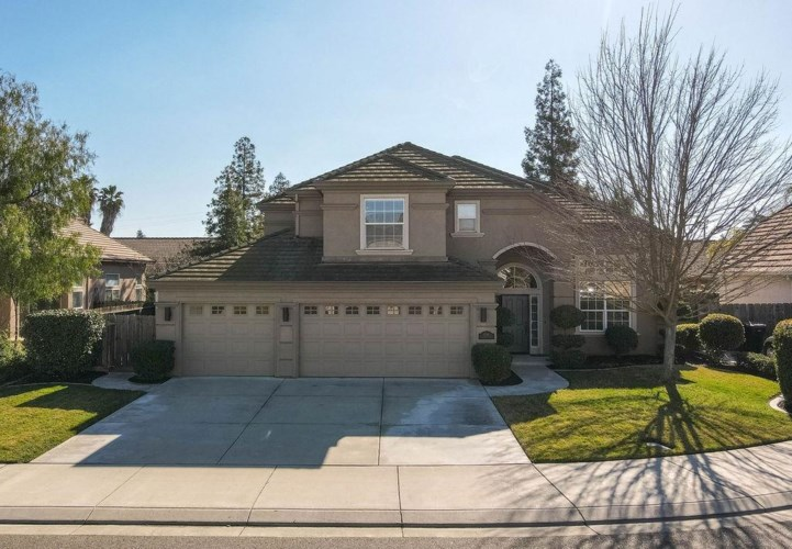 1210 Willow Court, Ripon, CA 95366