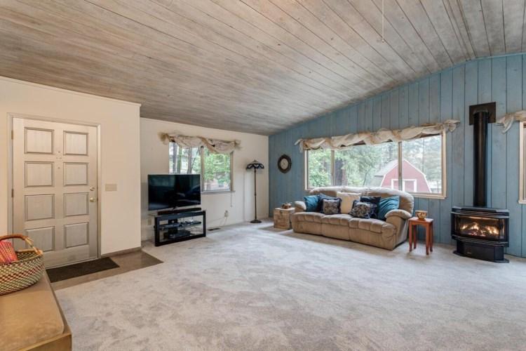 10140 Elder Drive, Grass Valley, CA 95949