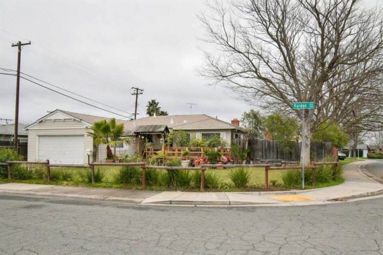 2300 Vardon Avenue, Sacramento, CA 95822