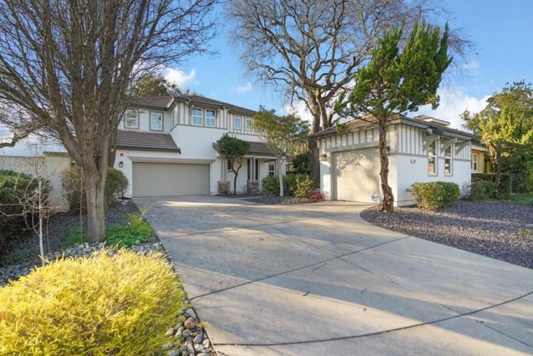 560 Westlake Drive, West Sacramento, CA 95605