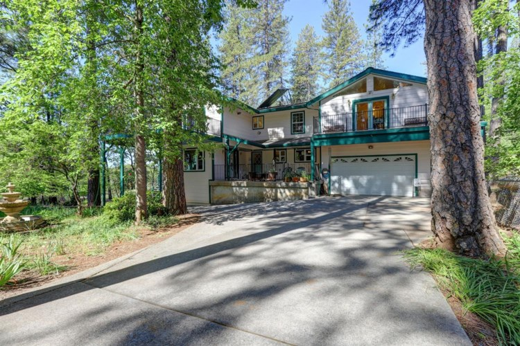 16175 Holly Davo Place, Grass Valley, CA 95945