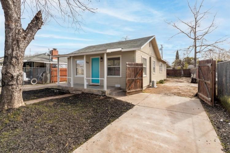 3620 26th Avenue, Sacramento, CA 95820