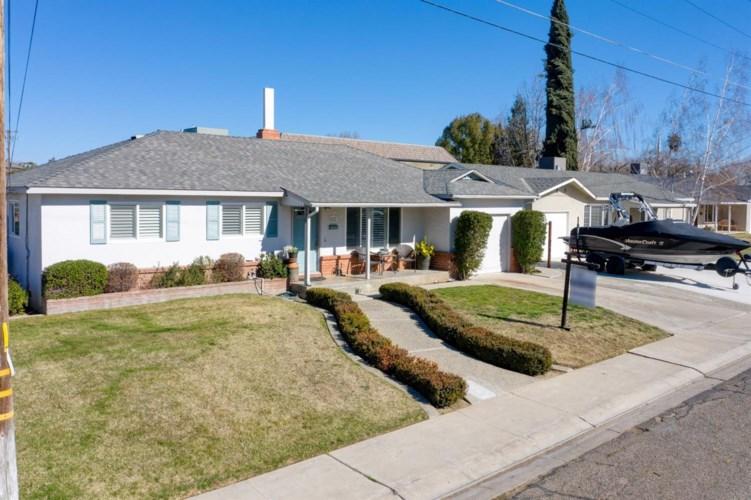 817 3rd Street, Ripon, CA 95366