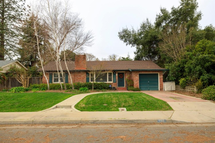 715 Enslen Avenue, Modesto, CA 95354