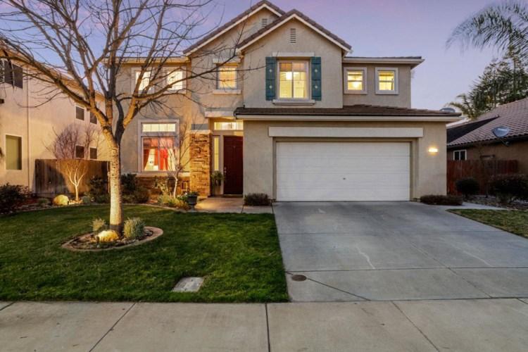 5827 Homewood Way, Riverbank, CA 95367