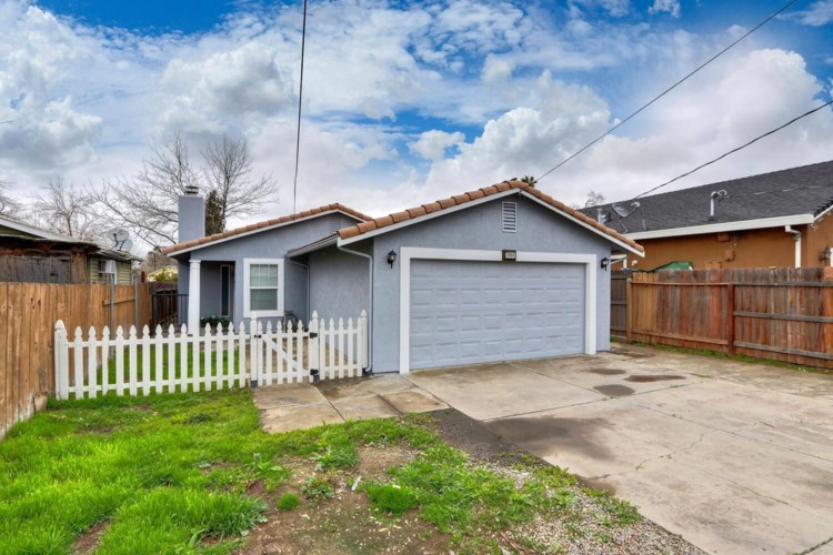 1533 YOUNGS Avenue, Sacramento, CA 95838