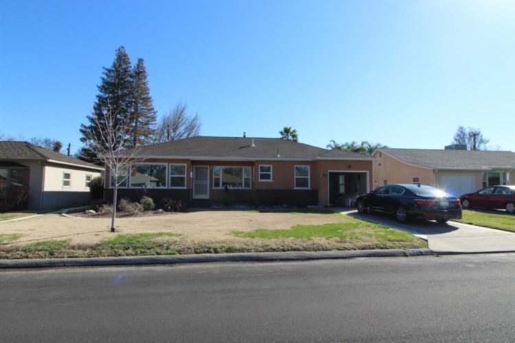 718 Auburn Street, Modesto, CA 95350