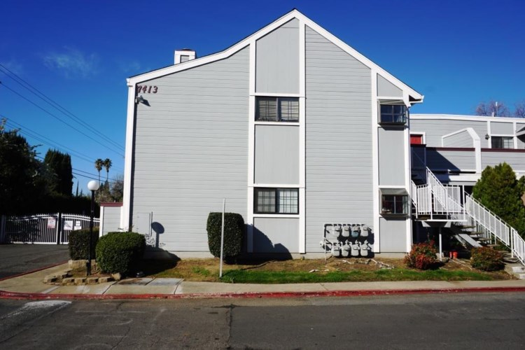 7413 Auburn Oaks Court  #F, Citrus Heights, CA 95621