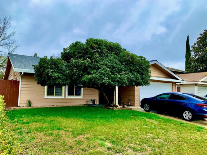 4132 Stonecutter Way, North Highlands, CA 95660