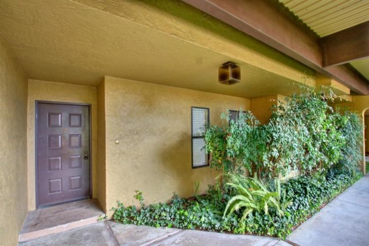 200 P Street  #A-12, Sacramento, CA 95814