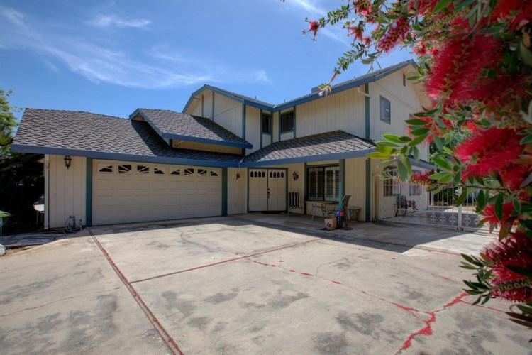 1722 Monte Grosso, Merced, CA 95340