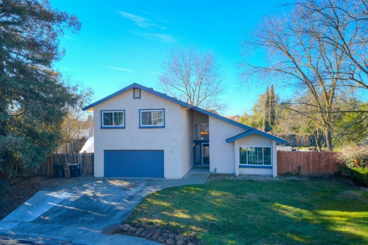 9944 Meadow Oak Circle, Elk Grove, CA 95624