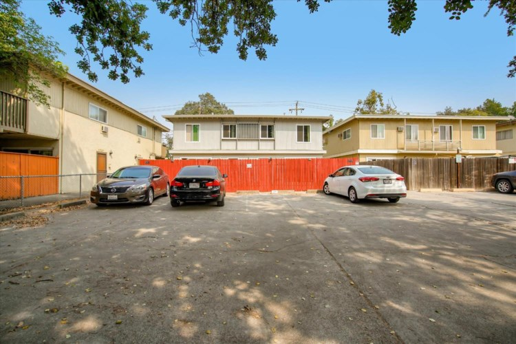 1711 E 8th Street, Davis, CA 95616