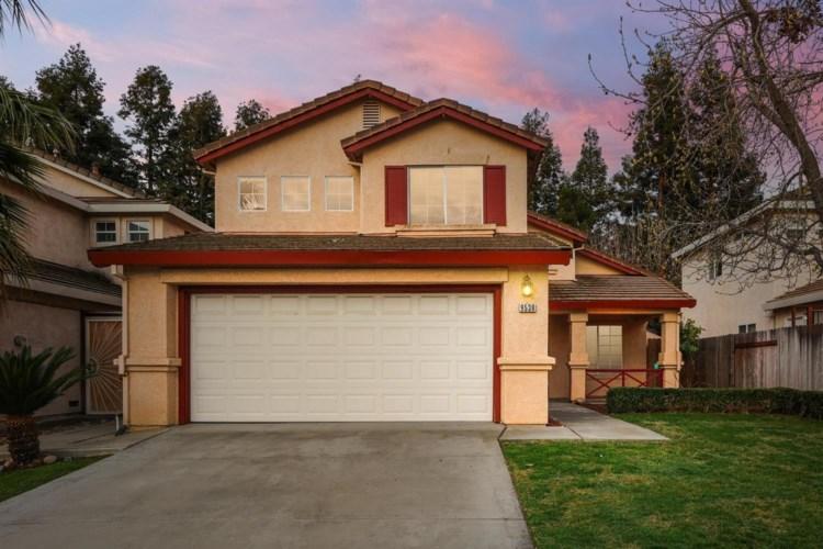 9538 Village Tree Drive, Elk Grove, CA 95758