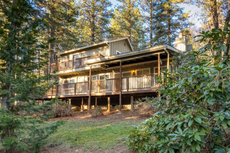 11521 Tree Top Circle, Nevada City, CA 95959