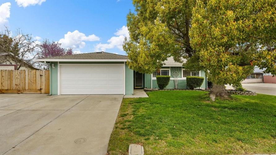 1307 Shaefer Street, Manteca, CA 95336